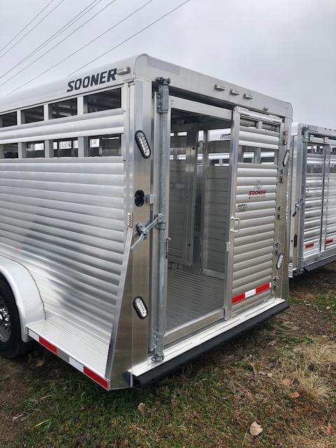 2017 Sooner 7024 Livestock Trailer