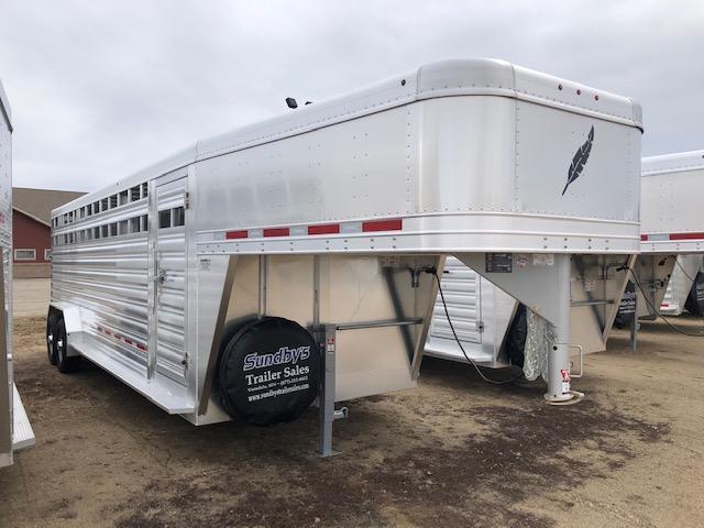 2019 Featherlite 8127 Livestock Trailer