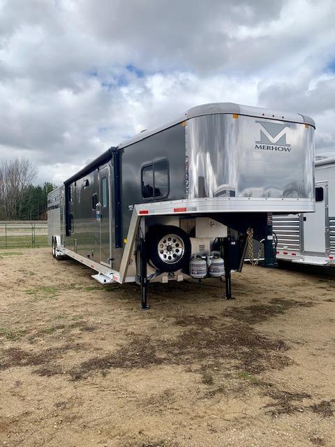 2019 Merhow Trailers 8016 Horse Trailer