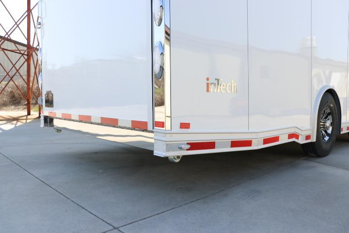 2018 inTech Trailers 40 GN All Aluminum w/ICON Package