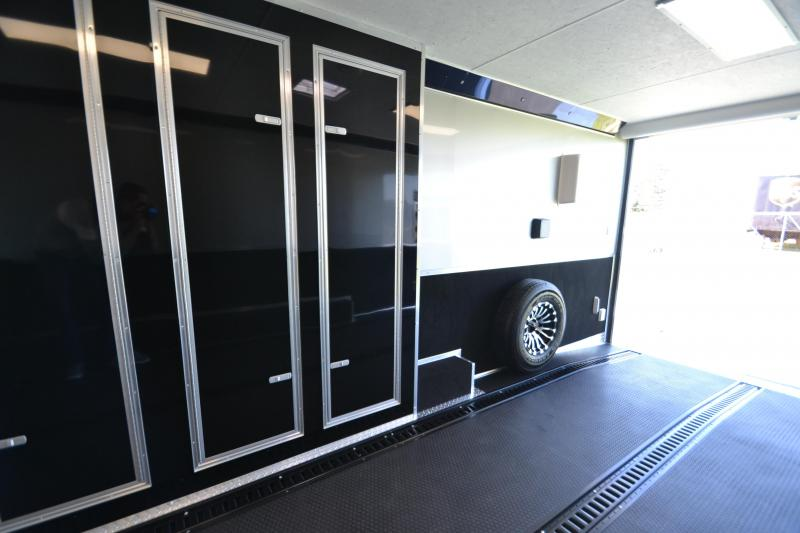 2017 Vintage Trailers ProStock 32' Custom Build