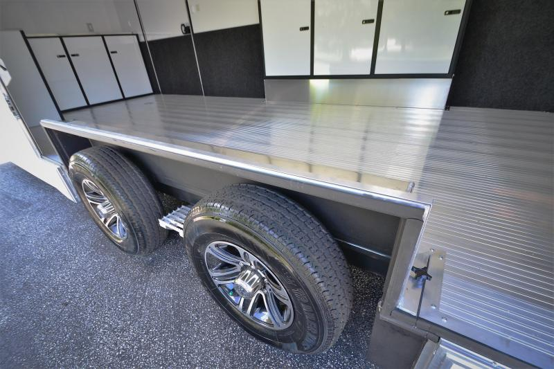 2018 inTech Trailers 24 Intech Icon w/ Full Access escape door - Black anodized pkg   Car / Racing Trailer