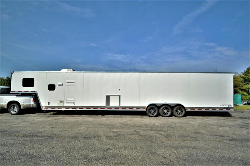 2019 Vintage Trailers 48 Pro Stock LQ Gooseneck Car / Racing Trailer