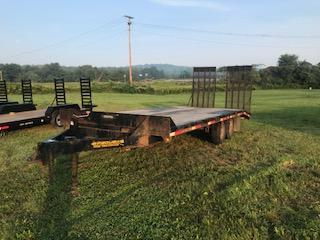 2013 Pequea 1018DO Equipment Trailer