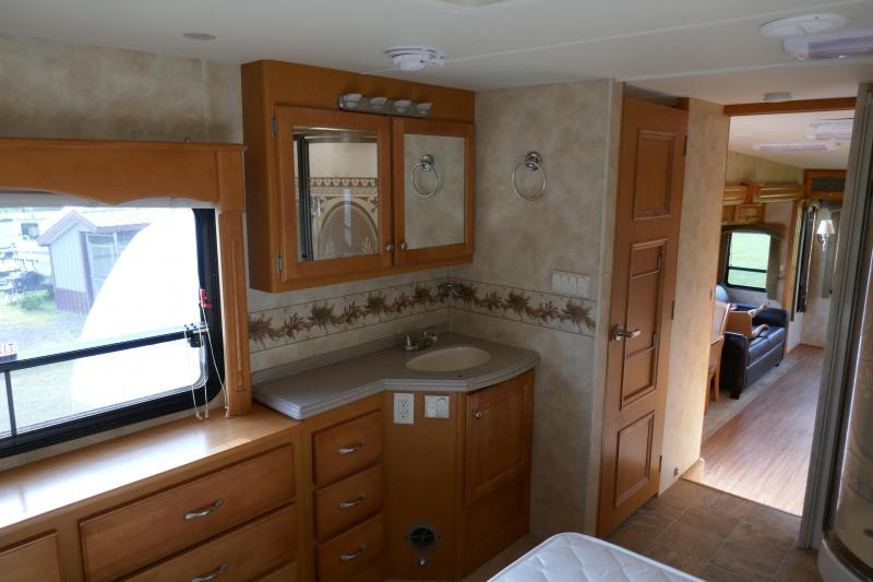 2005 Heartland Other Landmark Fifth Wheel Campers RV
