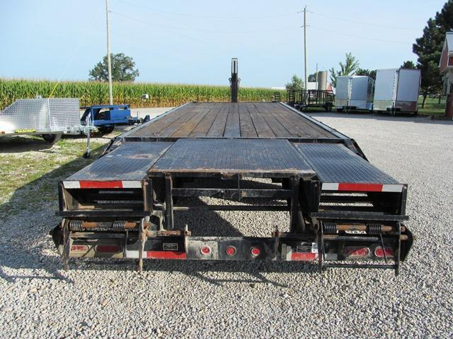 2005 Wilson Trailer Company GN 2525CT Equipment Trailer **USED**