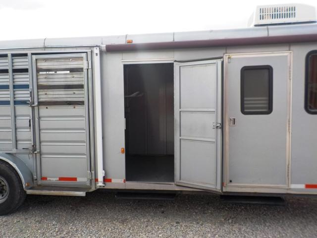 1999 Bison Trailers 728 Stock Combo GN Livestock Trailer **USED**