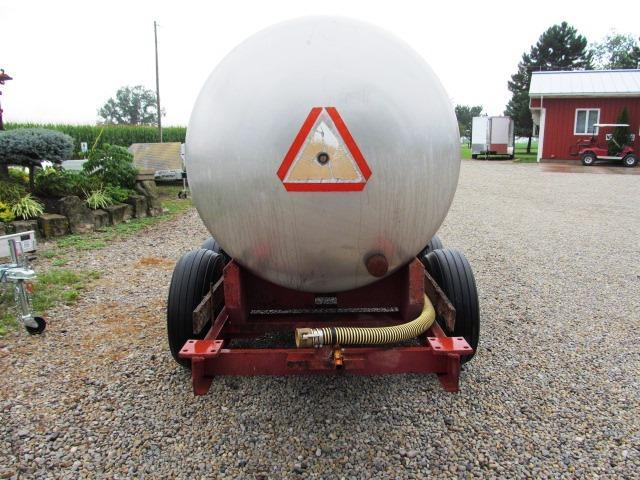 1980 1000 Gallon Tank Trailer **USED**