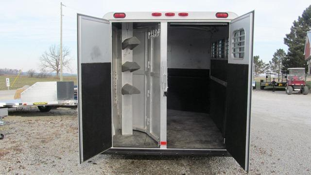 2002 C and C Trailers 3 Horse Slant 18 GN Horse Trailer **USED**