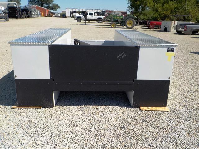 2020 CM 11094 VV SS Truck Bed Service Body