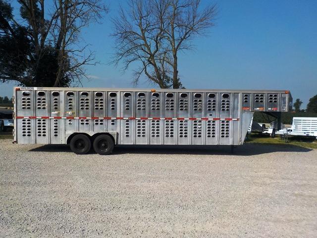 2000 Wilson Trailer Company PSGN 9328B Livestock Trailer **USED**