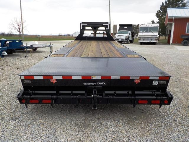 2017 PJ Trailers 4P5LS2521H1270850 Equipment Trailer