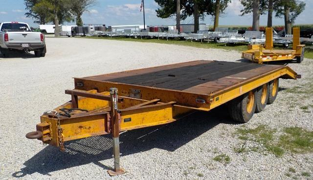 1974 TRAIL-EZE 1090-2000 Equipment Trailer - **USED**