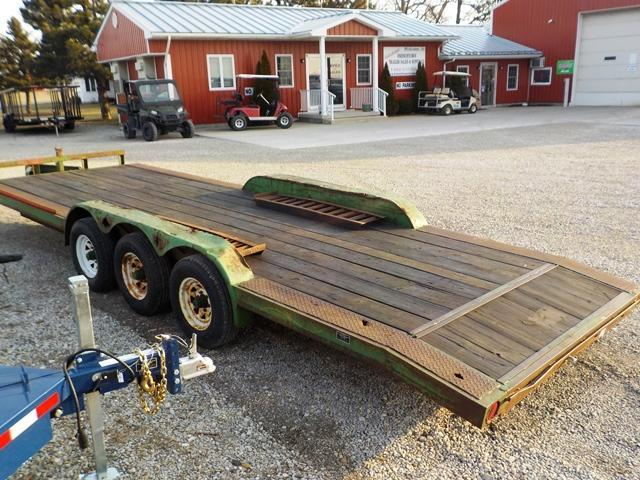 1995 Midwest Industries Inc. 9424 Equipment Trailer