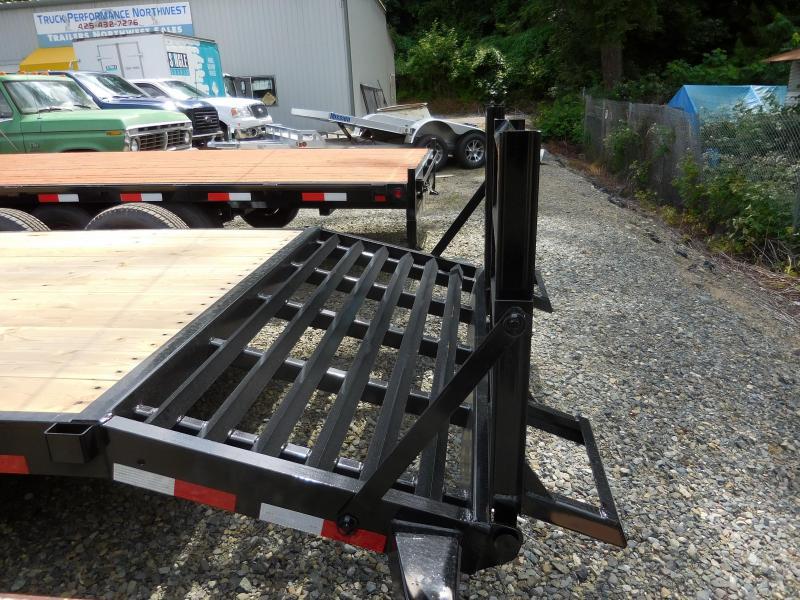 2018 Big Tex Trailers 14ET-20 Equipment Flatbed Trailer