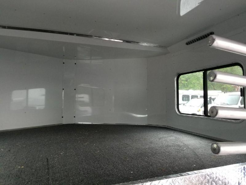 Used 2016 Sundowner Transporter 4 Horse GN Trailer