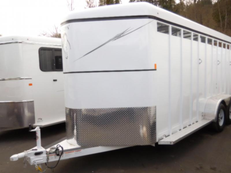 2018 Fabform Slant Load Basic 3-Horse Trailer
