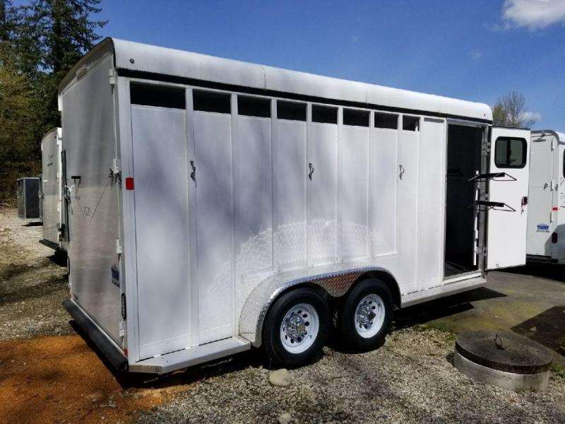2017 Basic Fabform Vision 3 Horse Trailer with Single Rear Door