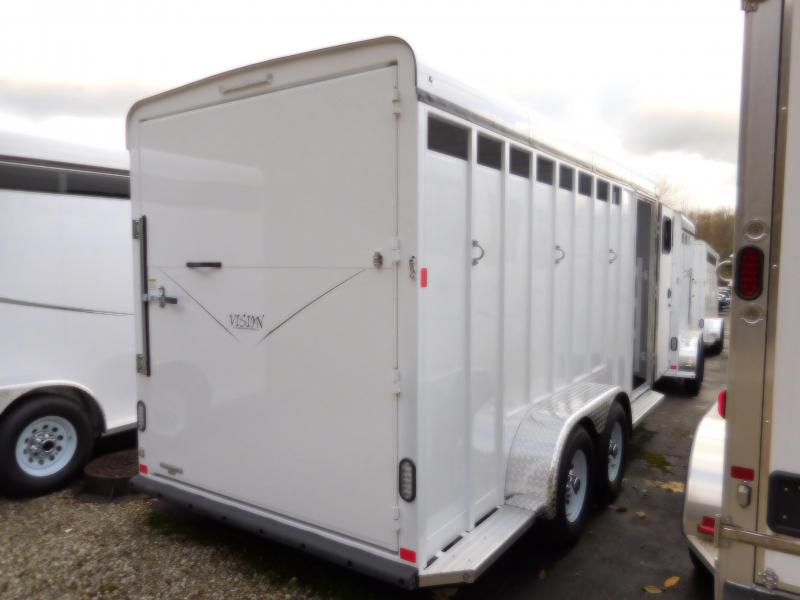 2017 Basic Fabform Vision 3 Horse Trailer with Single Rear Door