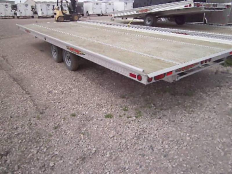 2015 22' Sled Express 4 Place