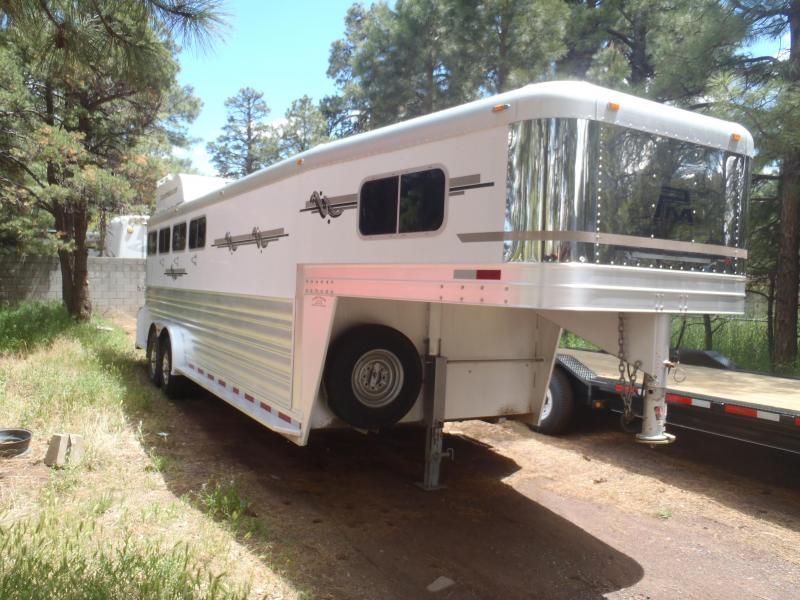 2006 Platinum Coach 4 Horse Horse Trailer
