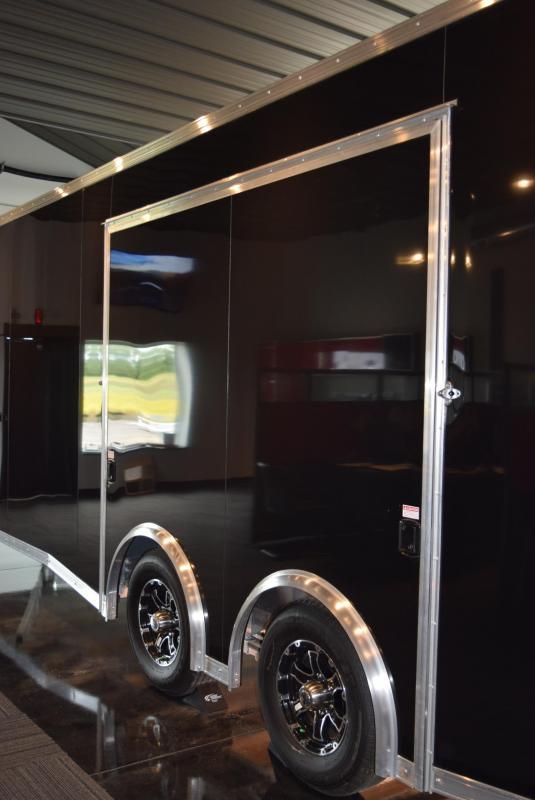2020 BRAVO SILVER STAR 22' ALUMINUM ENCLOSED CAR HAULER