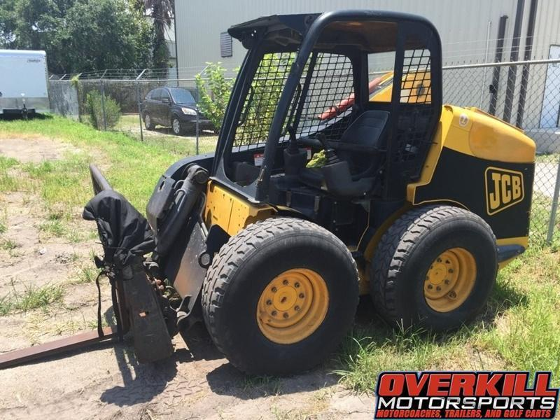 2004 JCB Tractor Model 190 W/ Attachments Single Fork - Dual Fork - One-Yard Bucket - Palm Tree Boom