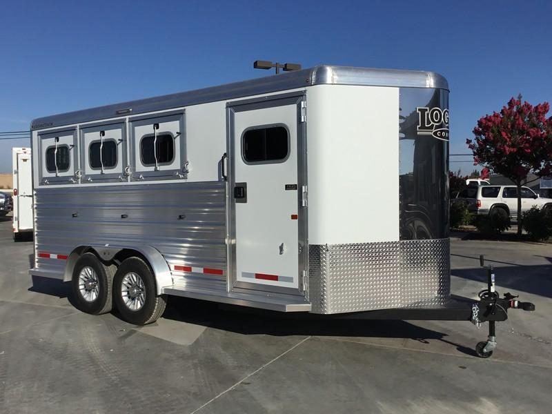 NEW 2019 Logan Coach 3 horse XTR BP Horse Trailer