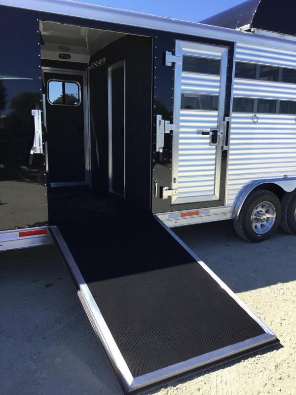 NEW 2019 Lakota Trailers 16 ft stock mid tack 11 ft LQ Livestock Trailer