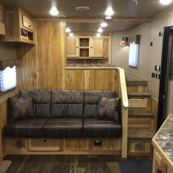 NEW 2019 Lakota Charger 4 horse 15 ft short wall C8415SR Horse Trailer