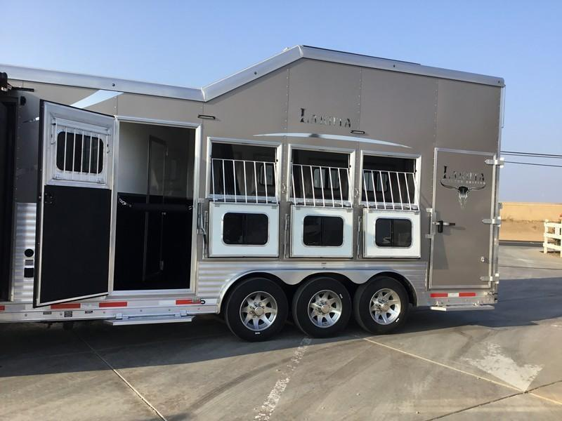 NEW 2019.5 Lakota BH8416TSR 4H Big Horn 16' LQ Horse Trailer