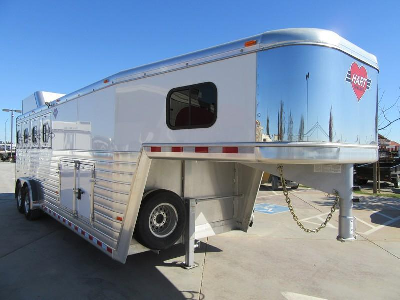 New 2017 Hart Tradition 4H Horse Trailer w/Smart Storage pkg Vin51072