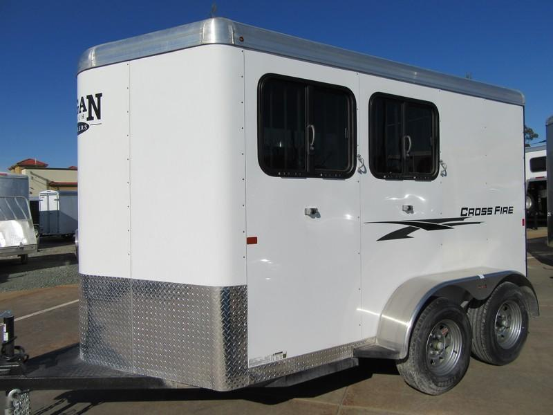 New 2019 Logan Coach Crossfire 2H Horse Trailer