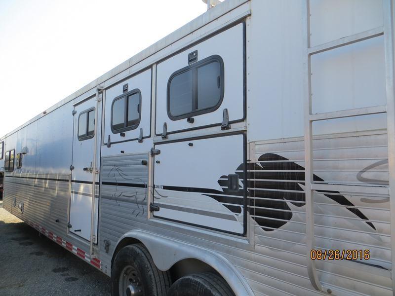 1999 Sundowner Trailers 3H GN LQ Horse Trailer VIN:A1319