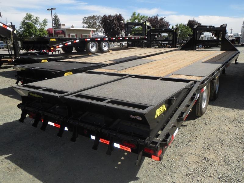 2018 Big Tex 22GN-20+5MR Equipment Trailer VIN:20259