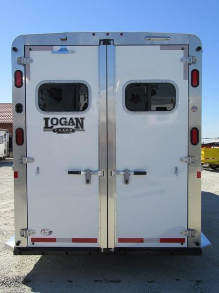 New 2018 Logan Coach Warmblood 2+1 Straightload Horse Trailer Vin05922