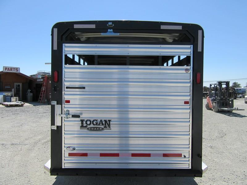 New 2017 Logan Coach Stockman Combo GN 20 Livestock Trailer