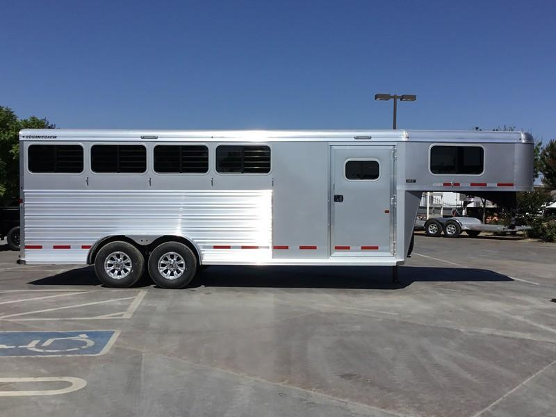 NEW 2019 Logan Coach Riot 4H GN Horse Trailer