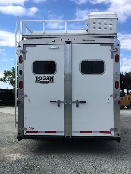 2019 Logan Coach 3 Horse Limited GN 12ft LQ Horse Trailer