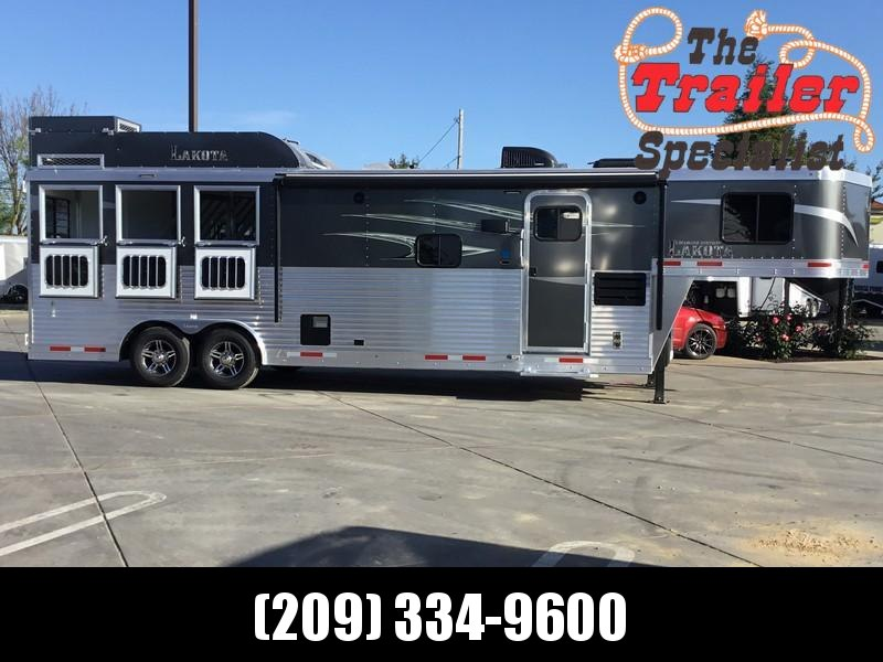NEW 2019 Lakota 3 horse 11ft short wall LQ C8311RK Horse Trailer