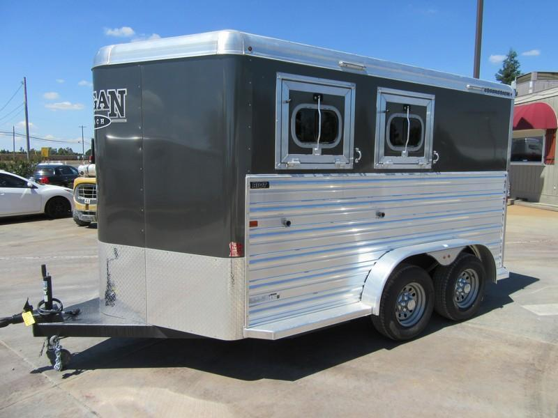 New 2017 Logan Coach Riot 2H BP Horse Trailer Vin 05336