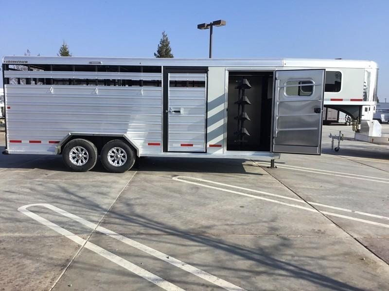 NEW 2019 Logan Coach 20ft stockcombo Livestock Trailer