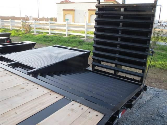 New 2018 Big Tex 14GN-20+5MR 14k Equipment Trailer vin:12912