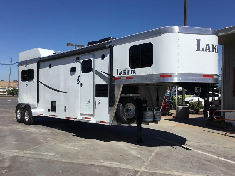 New 2019 Lakota Trailers AC211 LQ Horse Trailer