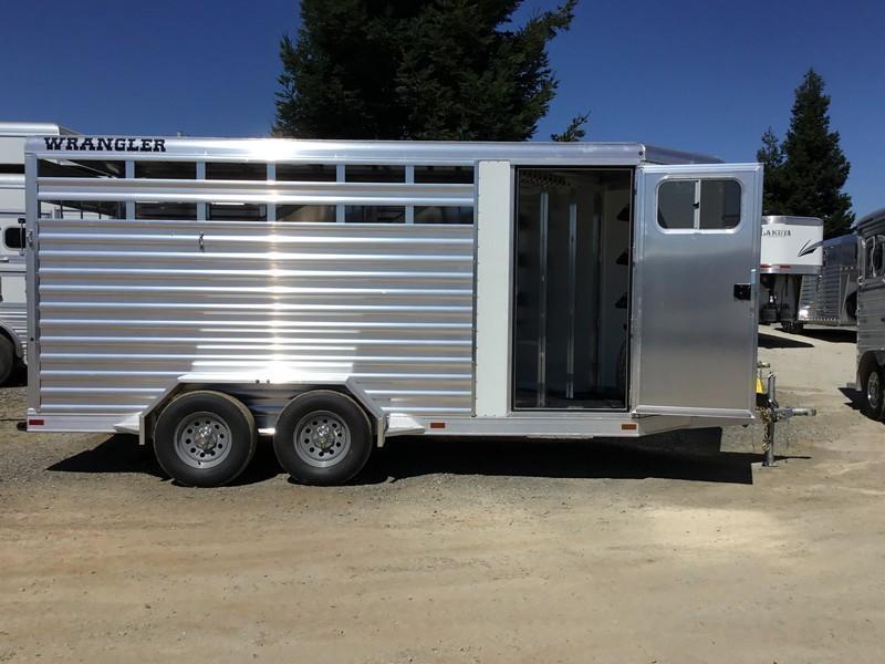 NEW 2019 Elite Trailers 3 Horse wrangler stock combo Bp Horse Trailer