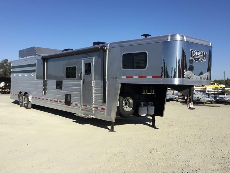 NEW 2019 Logan Coach Select 14 ft stock combo GN 14 ft LQ Horse Trailer