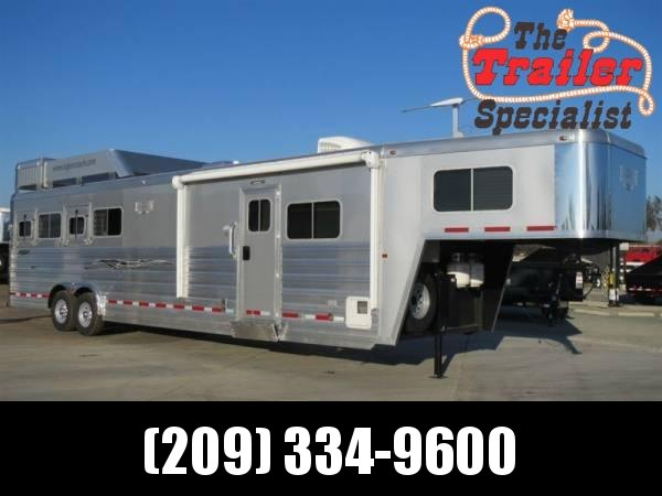 2014 Logan Coach 4 Horse Razor HD Living Quarters w/812 LQ Package Horse Trailer VIN 72062