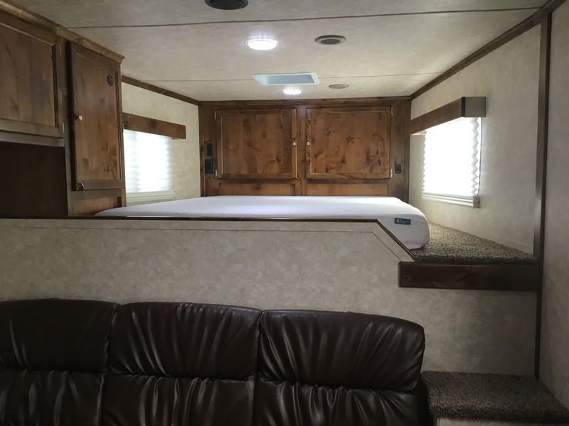 NEW 2019 Logan Coach 14ft Limited Stockcombo LQ with 16ft Livestock area
