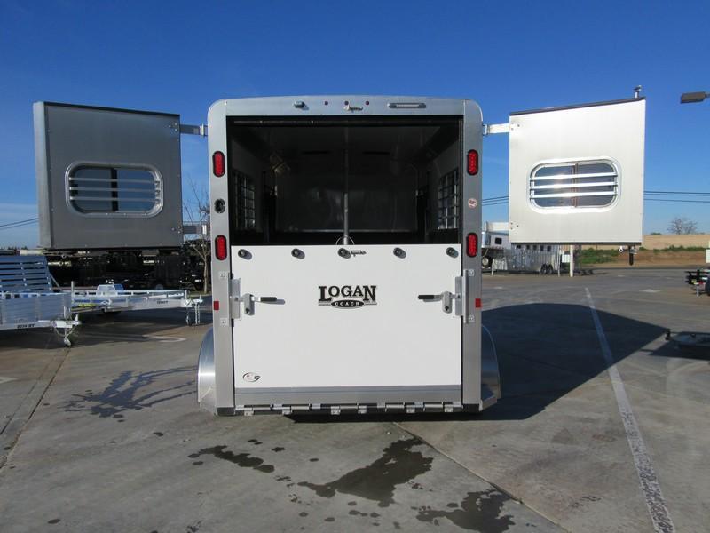New 2018 Logan 2H Warmblood Straightload Horse Trailer Vin 06188