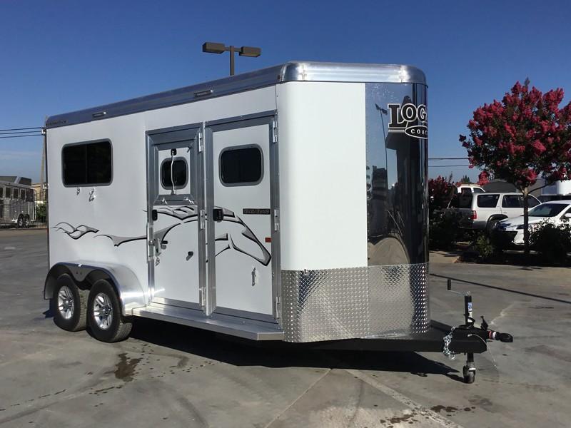 New 2019 Logan 2H Warmblood Straightload Horse Trailer